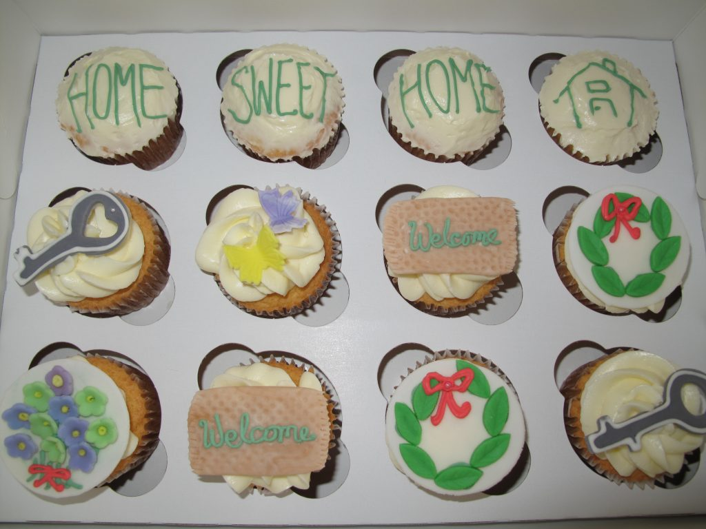 0002 House Warming Cupcakes