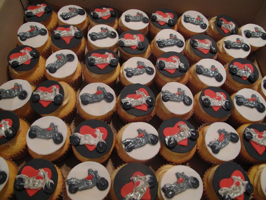 0041 バイクのカップケーキ