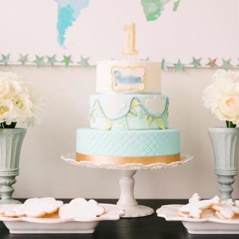 3028 1歳の3段バースデーケーキ