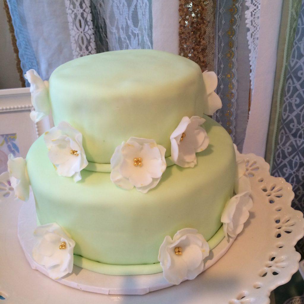 3033 お花の2段ケーキ