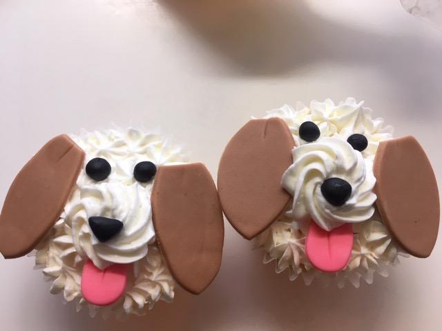 0054 ワンちゃんのカップケーキ