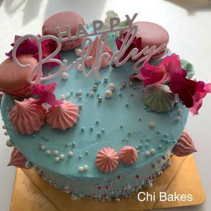 3039 マカロンをあしらったお誕生日ケーキ